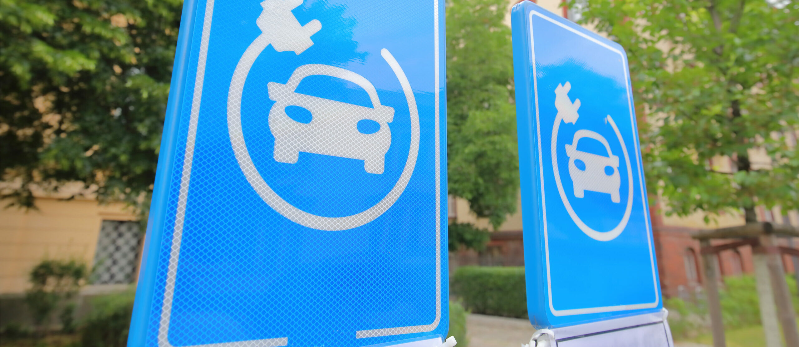 EV Charging Signposting for EV installations charging units